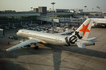 9V-JSF - Jetstar Asia Airbus A320