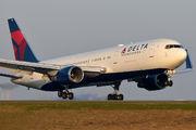 N1501P - Delta Air Lines Boeing 767-300 aircraft