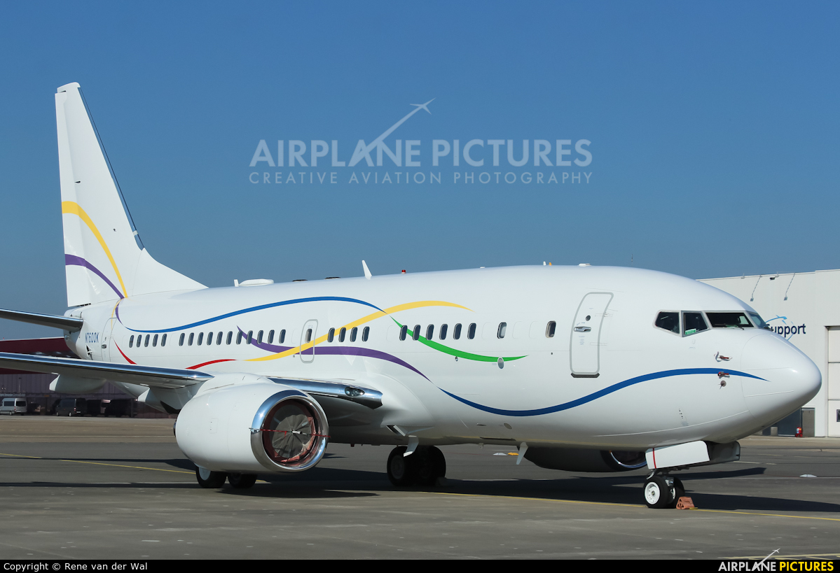 Private N7600K aircraft at Amsterdam - Schiphol