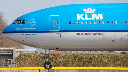 PH-BVI - KLM Boeing 777-300ER