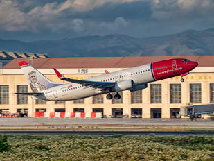 LN-NGU - Norwegian Air Shuttle Boeing 737-800