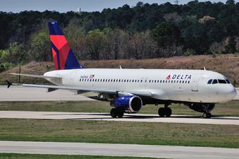 N321US - Delta Air Lines Airbus A320