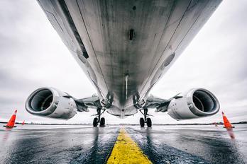 C-FANB - Air North Boeing 737-400