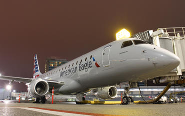 N216NN - Compass Airlines Embraer ERJ-175 (170-200)
