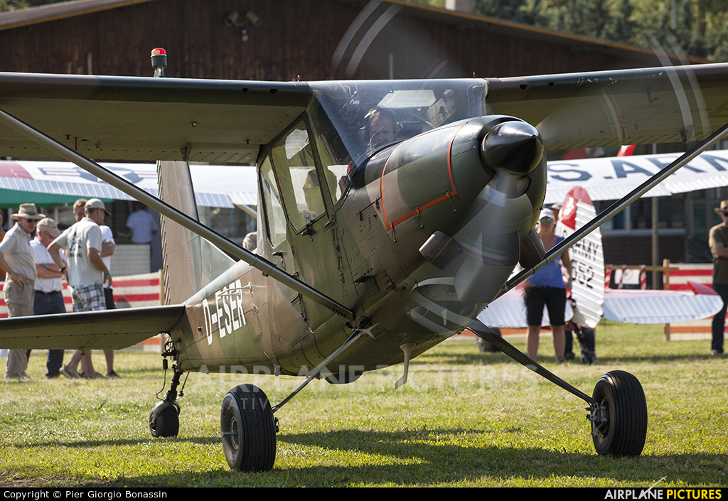 Private D-ESER aircraft at Montagnana