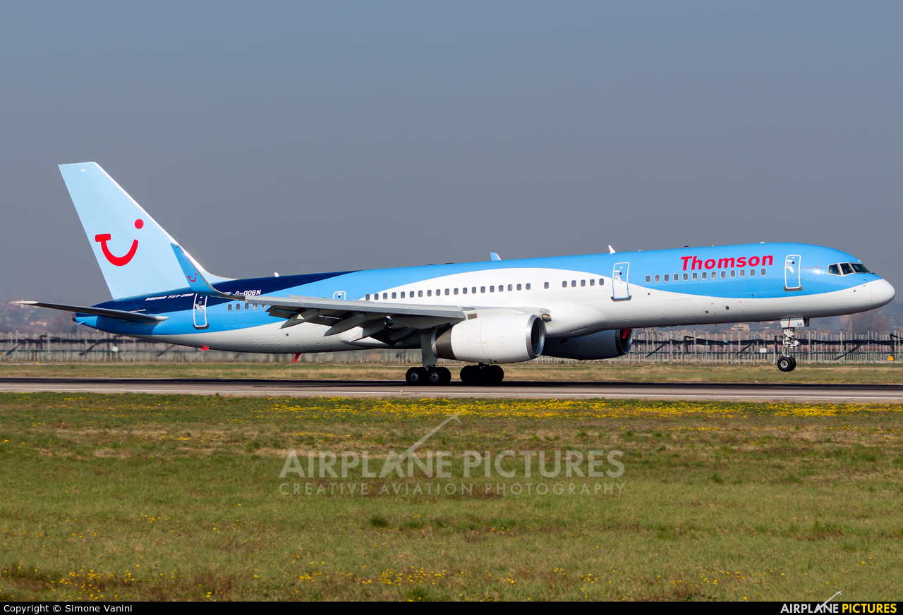 Thomson/Thomsonfly G-OOBN aircraft at Verona - Villafranca