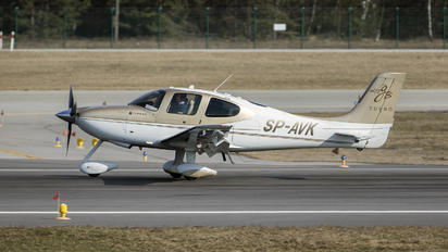 SP-AVK - Private Cirrus SR22