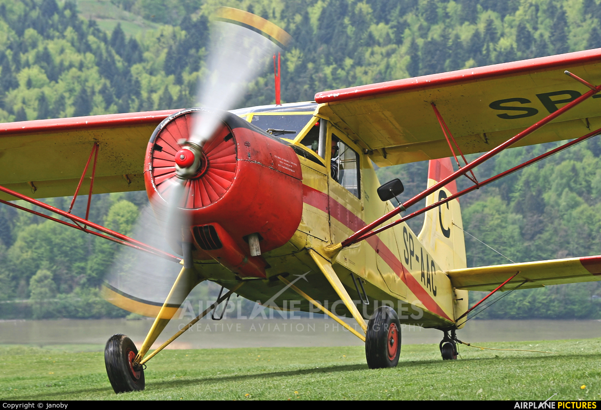 Mountain Glider School ŻAR SP-AAC aircraft at Żar