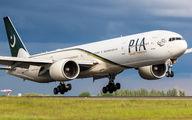 AP-BHW - PIA - Pakistan International Airlines Boeing 777-300ER aircraft