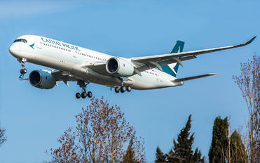 F-WZFX - Cathay Pacific Airbus A350-900