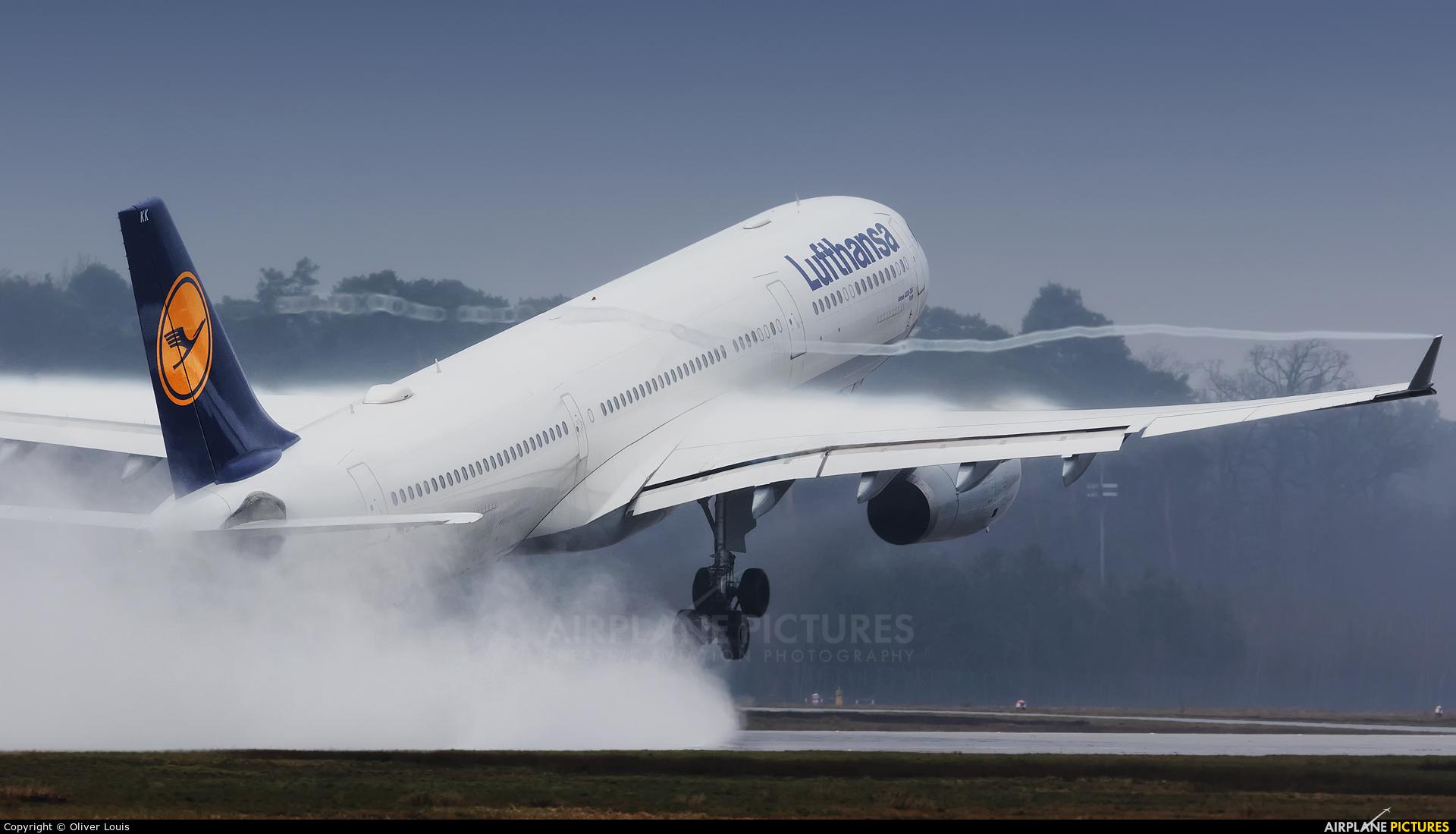 Lufthansa D-AIKK aircraft at Frankfurt