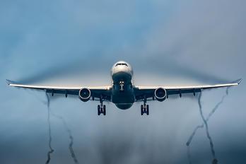 D-AIKR - Lufthansa Airbus A330-300