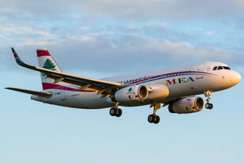T7-MRE - Middle East Airlines (MEA) Airbus A320