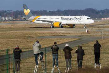 D-AYAX - Thomas Cook Airbus A321