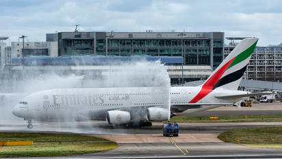 A6-EOR - Emirates Airlines Airbus A380