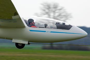 OM-3300 - Aeroklub Nitra Rolladen-Schneider LS6-c