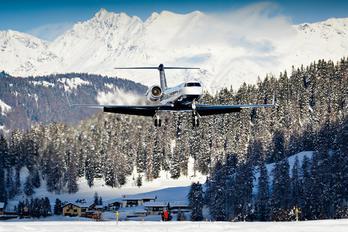 N44GV - Private Gulfstream Aerospace G-IV,  G-IV-SP, G-IV-X, G300, G350, G400, G450