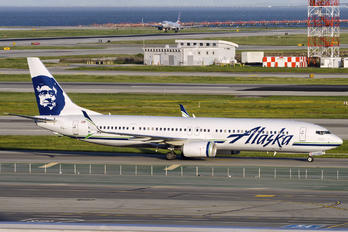 N474AS - Alaska Airlines Boeing 737-900