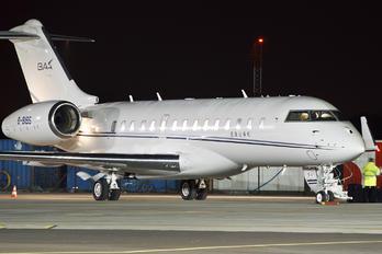 B-8195 - Private Bombardier BD-700 Global 6000