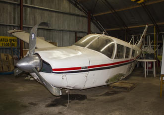 G-CDUX - Private Piper PA-32 Cherokee Six