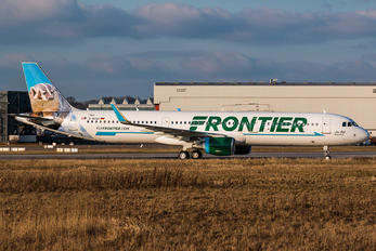 D-AYAV - Frontier Airlines Airbus A321