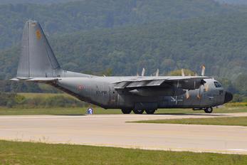 4588 - France - Air Force Lockheed C-130H Hercules