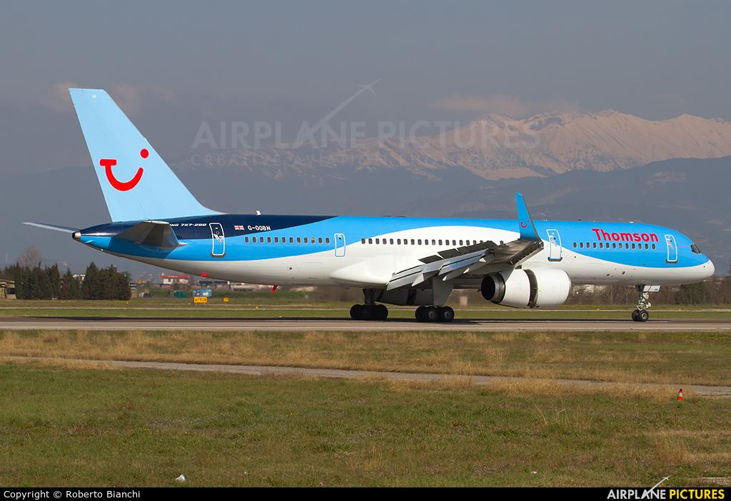 Thomson/Thomsonfly G-OOBN aircraft at Verona - Villafranca