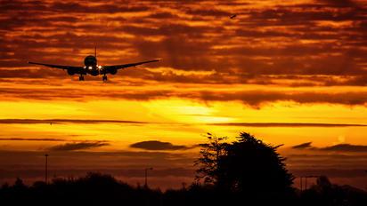 A6-ETG - Etihad Airways Boeing 777-300ER
