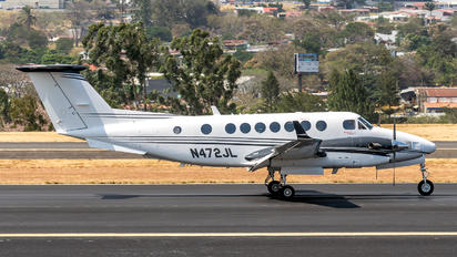 N472JL - Private Beechcraft 300 King Air 350