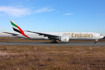 A6-EGN - Emirates Airlines Boeing 777-300ER