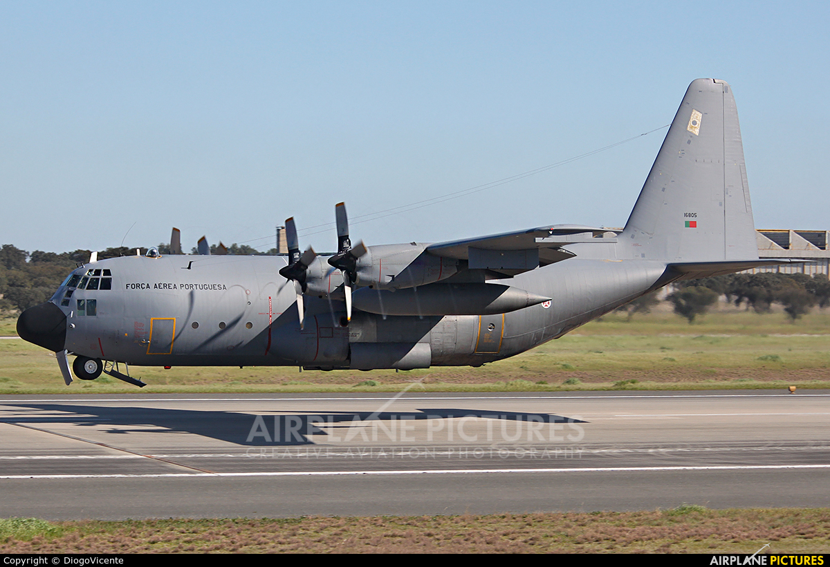 Air Force Rojas 2016