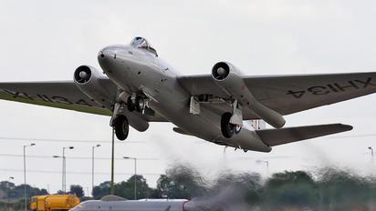 XH134 - Midair Squadron English Electric Canberra PR.9