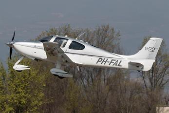 PH-FAL - Private Cirrus SR22