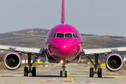 HA-LYC - Wizz Air Airbus A320 aircraft