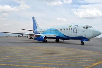 XA-TWR - Global Air Boeing 737-200