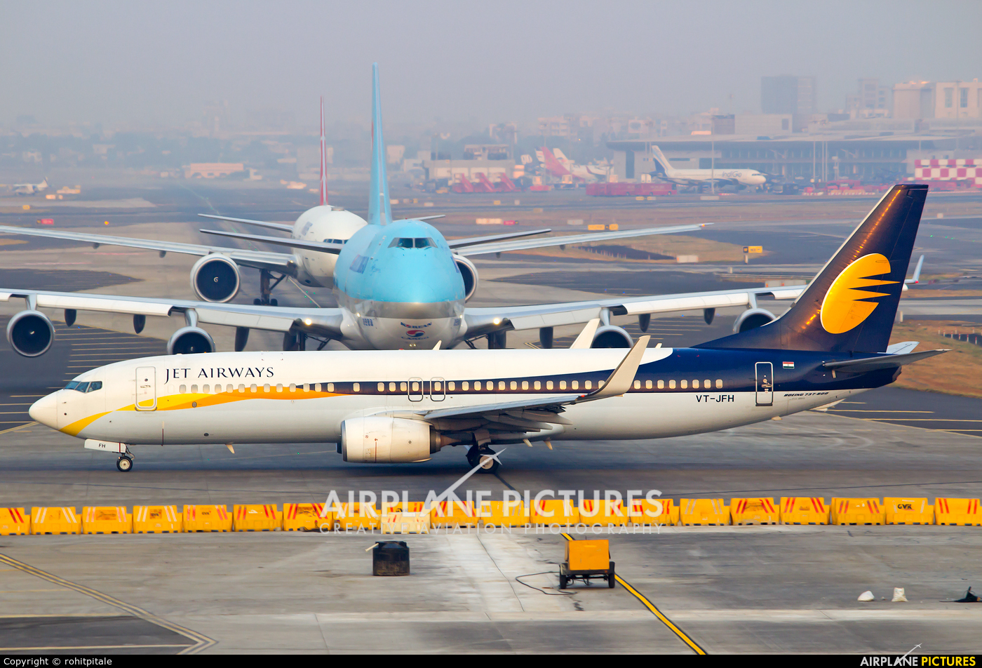 Jet Airways VT-JFH aircraft at Mumbai - Chhatrapati Shivaji Intl