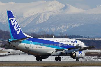JA8500 - ANA Wings Boeing 737-500