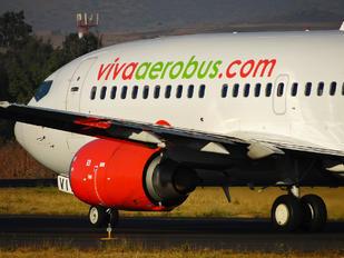 XA-VIT - VivaAerobus Boeing 737-300