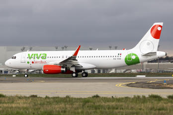 XA-VAV - VivaAerobus Airbus A320