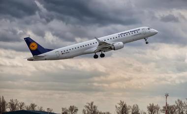 D-AEMA - Lufthansa Regional - CityLine Embraer ERJ-195 (190-200)