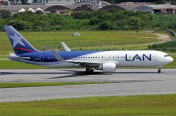 CC-CZT - LAN Airlines Boeing 767-300ER
