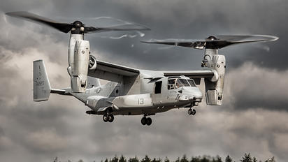 8225 - USA - Marine Corps Bell-Boeing MV-22B Osprey