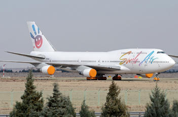 EP-MNA - Smile Air Boeing 747-400