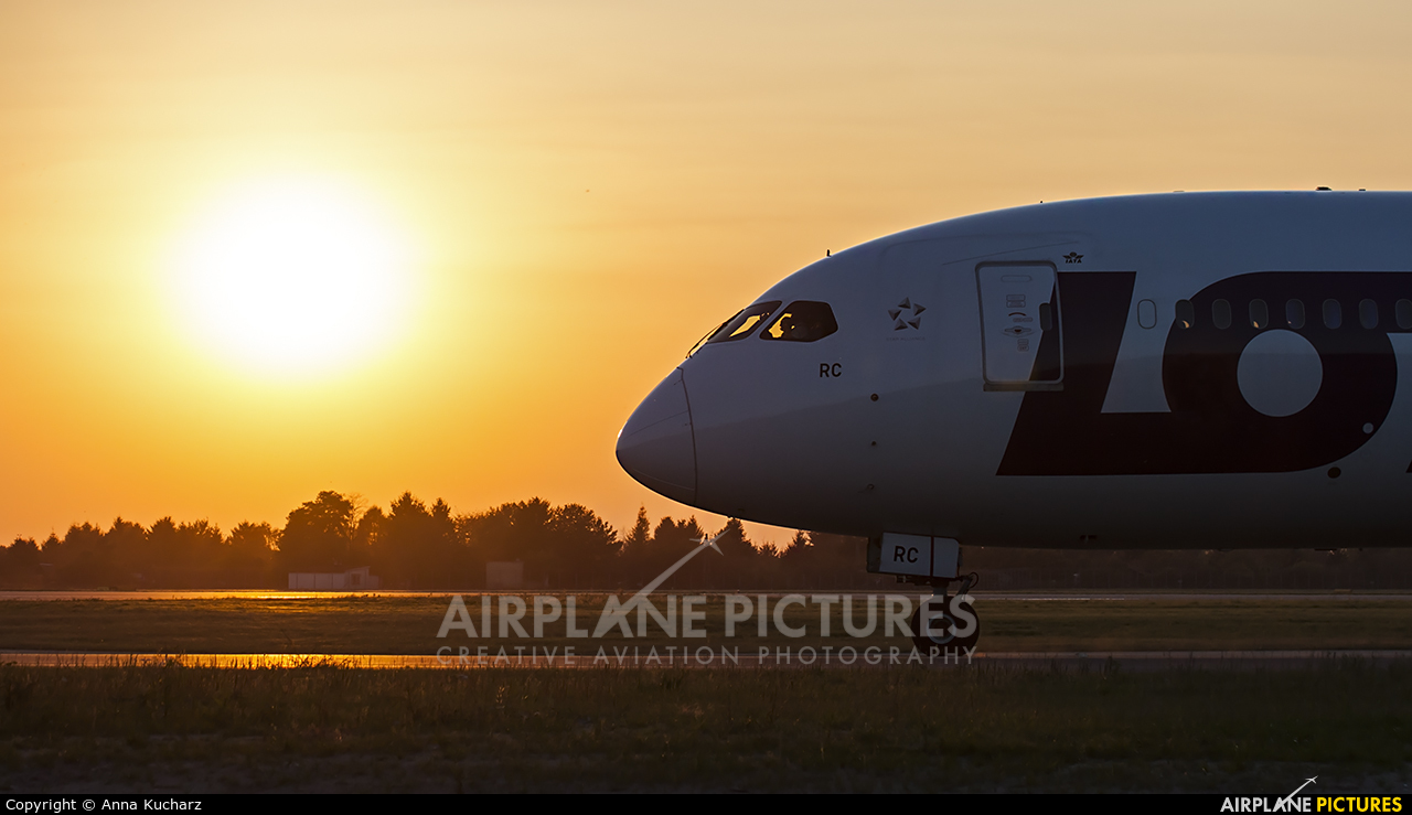 LOT - Polish Airlines SP-LRC aircraft at Warsaw - Frederic Chopin
