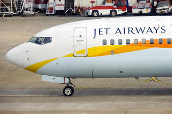 VT-JTC - Jet Airways Boeing 737-800