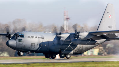 1505 - Poland - Air Force Lockheed C-130E Hercules