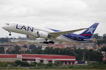CC-BBF - LAN Airlines Boeing 787-8 Dreamliner