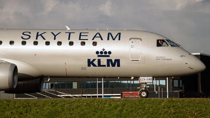 PH-EZX - KLM Cityhopper Embraer ERJ-190 (190-100)