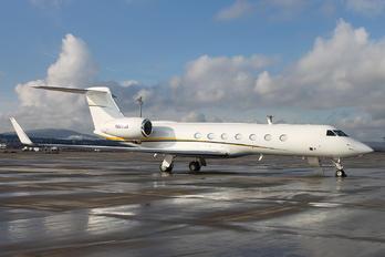 N822GA - Private Gulfstream Aerospace G-V, G-V-SP, G500, G550
