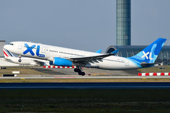 Xl airways france photos airplane for Airbus a330 xl airways interieur